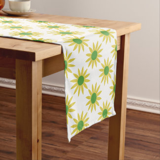 Pretty Yellow Flowers Daisies Pattern Table Runner