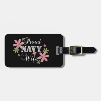 Proud Navy Wife [fl c] Tag For Luggage