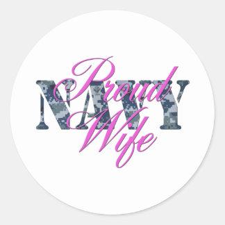 proud navy wife NWU Classic Round Sticker