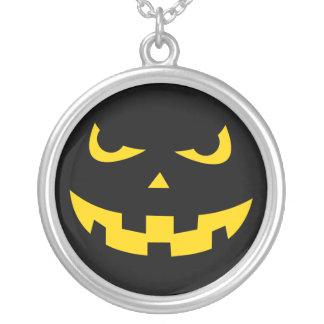 Pumpkin head round pendant necklace