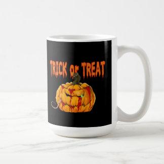 Pumpkin Treat Halloween Mug