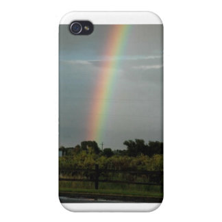 Rainbow in the Sky - Keychain iPhone 4/4S Case