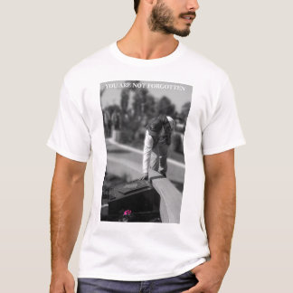Recollection: Viet Nam War Memorial  T-Shirt