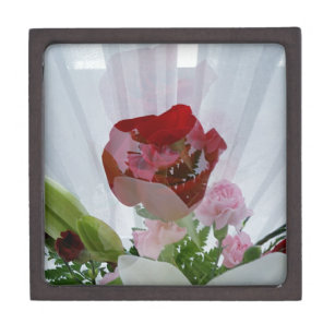 Red Rose Design Gift Boxes Keepsake Boxes Zazzle Co Nz