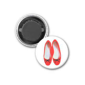 red shoes 3 cm round magnet