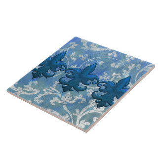 REGAL FLEURS: FASHIONABLE FRENCH BLUE TILE
