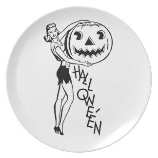 Retro Halloween Pin-up Dinner Plate