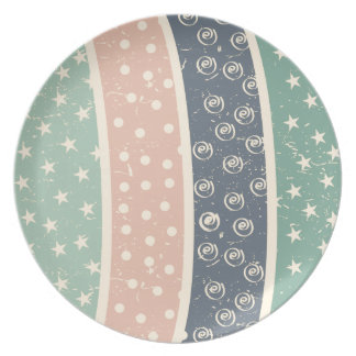 retro-pattern.png party plates