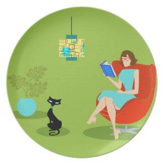 Retro Reading Woman Melamine Plate