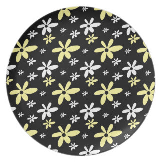 Retro Style Floral Pattern :Black Party Plate
