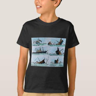 RMS Titanic Sinking Magic Lantern Slide T-Shirt