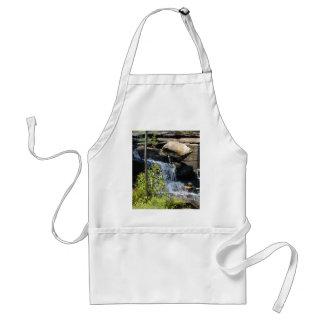 Rocky Waterfall Standard Apron