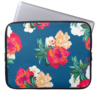 Romancing Nature Laptop Sleeve