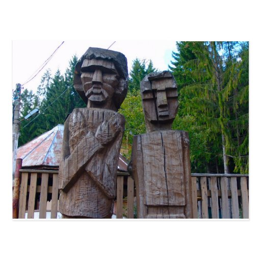 Romania, Traditional carved wooden figure Post Cards