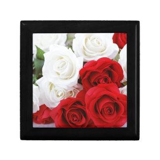 rose flowers flower white red love gift box