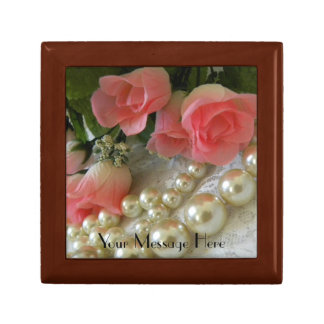 Roses and Pearls Gift Box