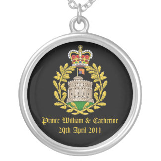 Royal Wedding Round Pendant Necklace