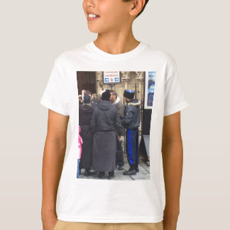 Russian Orthodox Priest outside Paris Notre Dame T-Shirt