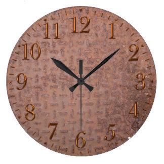 Rusty Steel-plated Metal-look Wall Clock