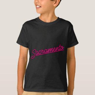Sacramento in magenta T-Shirt