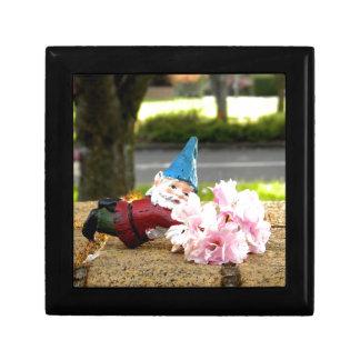 Sakura Cornelius Gift Box