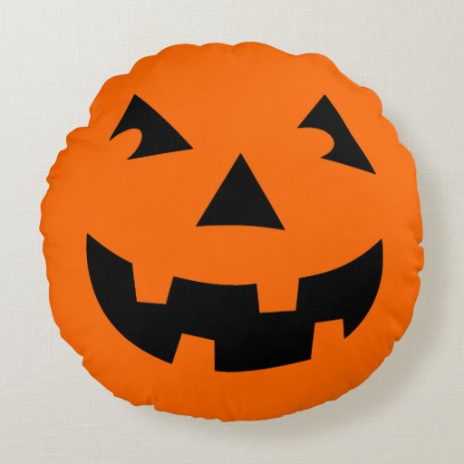 Scary Carved Pumpkin Head Round Pillow