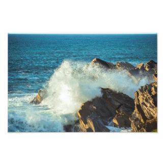 Sea to be beaten in the Rocks Art Photo