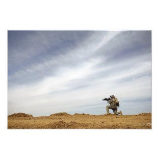 Sergeant provides security art photo