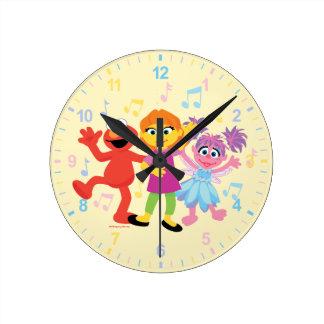 Sesame Street | Julia, Elmo & Abby Dancing Round Clock
