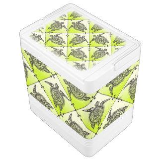 Shamanic Sea Turtles Pattern - green Chilly Bin