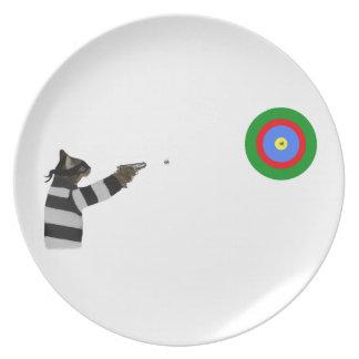 Sharp Shooting Tom Cat Plate