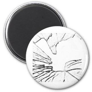 shattered 6 cm round magnet