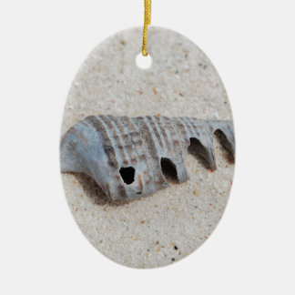 Shell on white sandy beach ceramic oval decoration