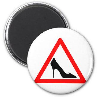 Shoe Warning Sign 6 Cm Round Magnet