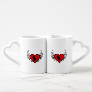 Silhouette of Hunting Retriever on winged heart Lovers Mug Set