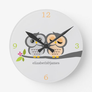 Silver and Gray Owl Couple Clock