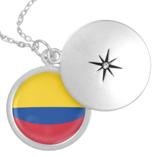 """Silver plate Locket +18"""" chain Colombia flag"""