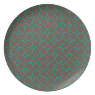 Simple Quatrefoil Pattern in Teal and Taupe Party Plates