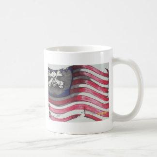 skull flag basic white mug