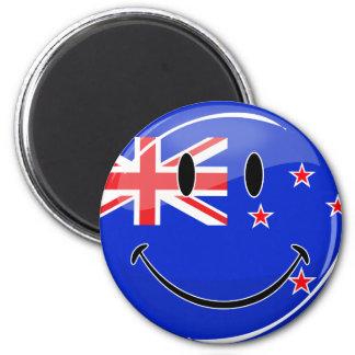 Smiling New Zealand Flag 6 Cm Round Magnet
