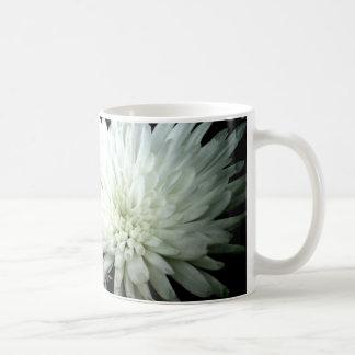 Snow Flower Black and white Chrysanthemum Coffee Mug