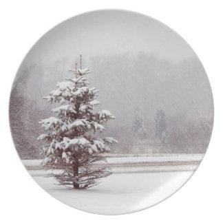 snowscene Christmas Season's greetings holidays Party Plate