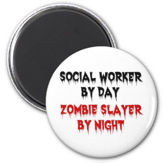 Social Worker by Day Zombie Slayer by Night 6 Cm Round Magnet