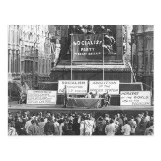 Socialist Party of Great Britain Trafalgar Sq 1967 Postcard