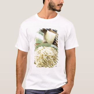 Spaghetti with Pecorino romano and black T-Shirt