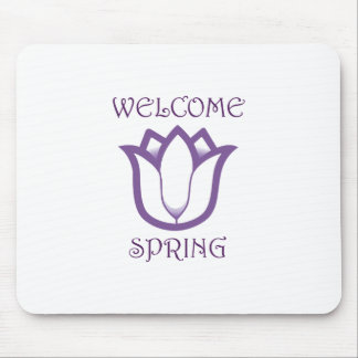 SPRING TULIP APPLIQUEDo you know someone who love Mousepad