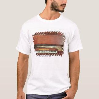 Square piano, 1767 (photo) T-Shirt