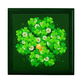 St. Patrick's Day 18A Gift Box