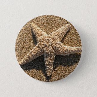 Starfish on the beach 6 cm round badge