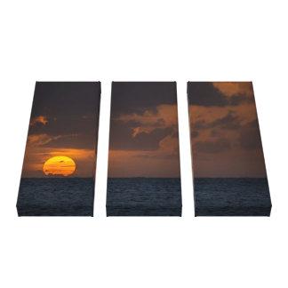 Sunset from Ke'e Beach - Kauai, Hawaii Stretched Canvas Prints